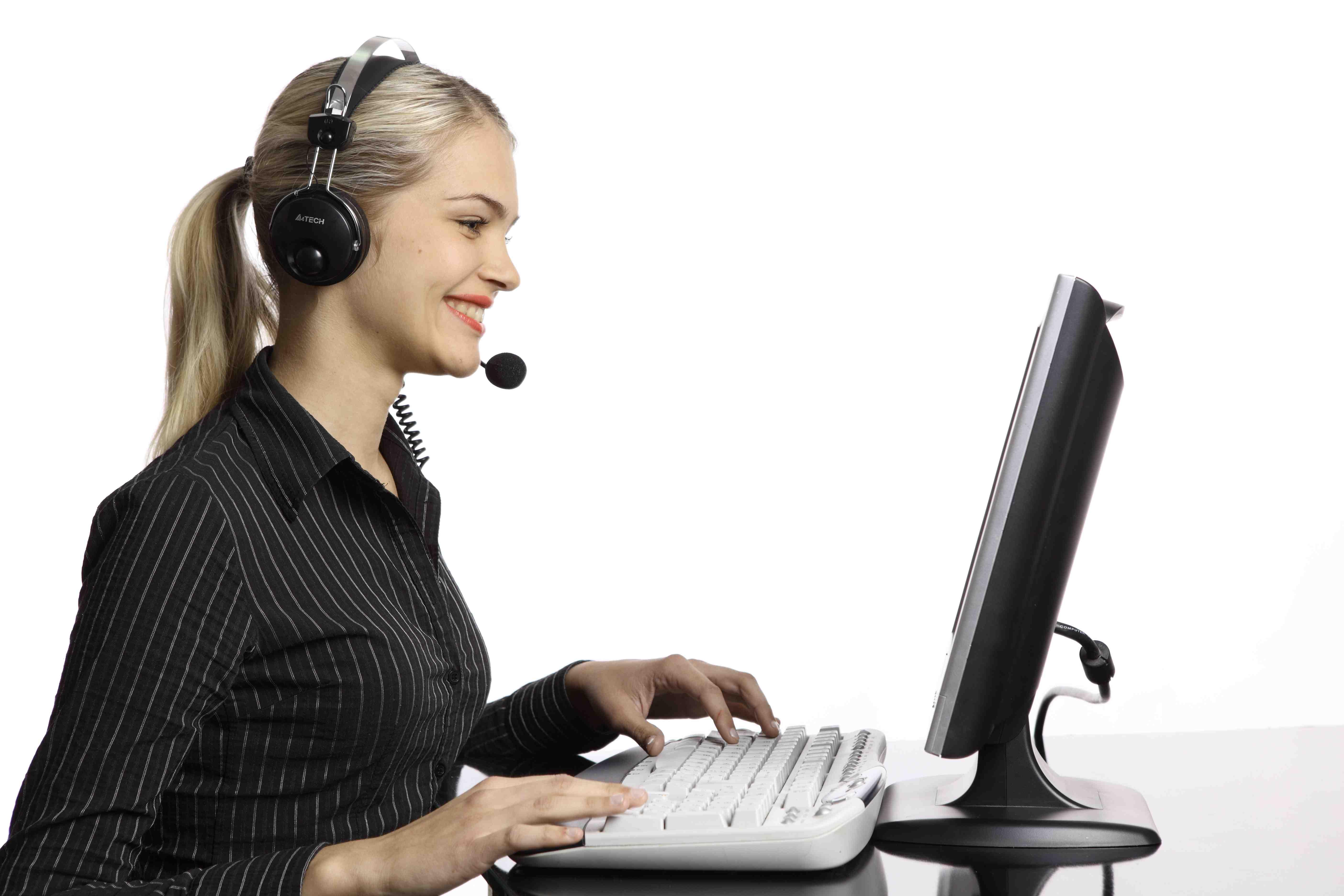 Who should run social customer service?   Eptica - Multi ...